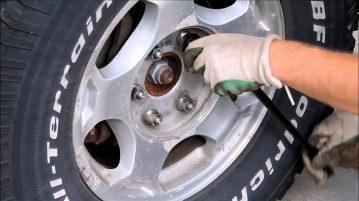 4 Tire vs 5 Tire Rotation